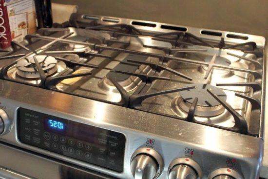 Чем отмыть решетку газовой плиты
