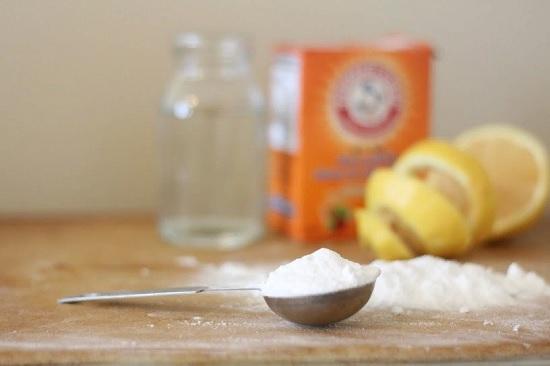 Как чистить содой ковры